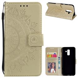 Intricate Embossing Datura Leather Wallet Case for Samsung Galaxy J8 - Golden