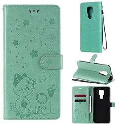 Embossing Bee and Cat Leather Wallet Case for Motorola Moto G9 Play - Green