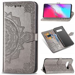 Embossing Imprint Mandala Flower Leather Wallet Case for Samsung Galaxy S10 5G (6.7 inch) - Gray