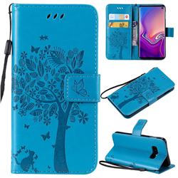 Embossing Butterfly Tree Leather Wallet Case for Samsung Galaxy S10e(5.8 inch) - Blue