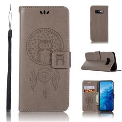 Intricate Embossing Owl Campanula Leather Wallet Case for Samsung Galaxy S10e(5.8 inch) - Grey