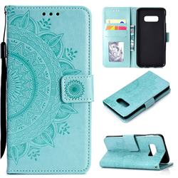 Intricate Embossing Datura Leather Wallet Case for Samsung Galaxy S10e (5.8 inch) - Mint Green