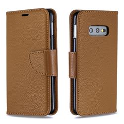 Classic Luxury Litchi Leather Phone Wallet Case for Samsung Galaxy S10e (5.8 inch) - Brown