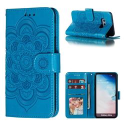 Intricate Embossing Datura Solar Leather Wallet Case for Samsung Galaxy S10e (5.8 inch) - Blue