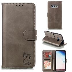 Embossing Happy Cat Leather Wallet Case for Samsung Galaxy S10e (5.8 inch) - Gray