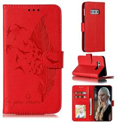 Intricate Embossing Lychee Feather Bird Leather Wallet Case for Samsung Galaxy S10e (5.8 inch) - Red