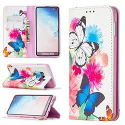 Flying Butterflies Slim Magnetic Attraction Wallet Flip Cover for Samsung Galaxy S10e (5.8 inch)