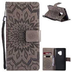Embossing Sunflower Leather Wallet Case for Samsung Galaxy S9 - Gray