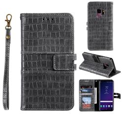 Luxury Crocodile Magnetic Leather Wallet Phone Case for Samsung Galaxy S9 - Gray