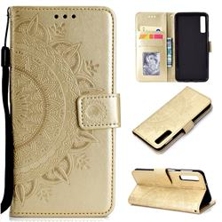 Intricate Embossing Datura Leather Wallet Case for Samsung Galaxy A7 (2018) - Golden