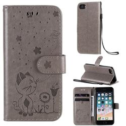 Embossing Bee and Cat Leather Wallet Case for iPhone 8 / 7 (4.7 inch) - Gray