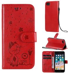 Embossing Bee and Cat Leather Wallet Case for iPhone 8 / 7 (4.7 inch) - Red