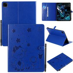 Embossing Bee and Cat Leather Flip Cover for Apple iPad Pro 12.9 (2018) - Blue